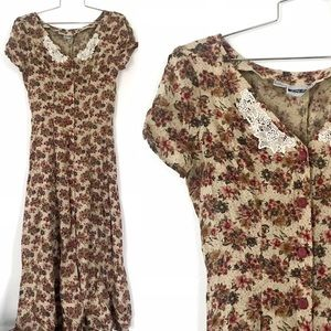 Vintage 1990's floral maxi dress lace collar